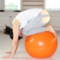 Sensomotoric stimulation and exercise tutorials on the gym ball